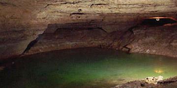 grotte d'arcy sur cure
